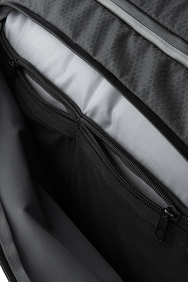 SLX 60 L Matkakassi taskut