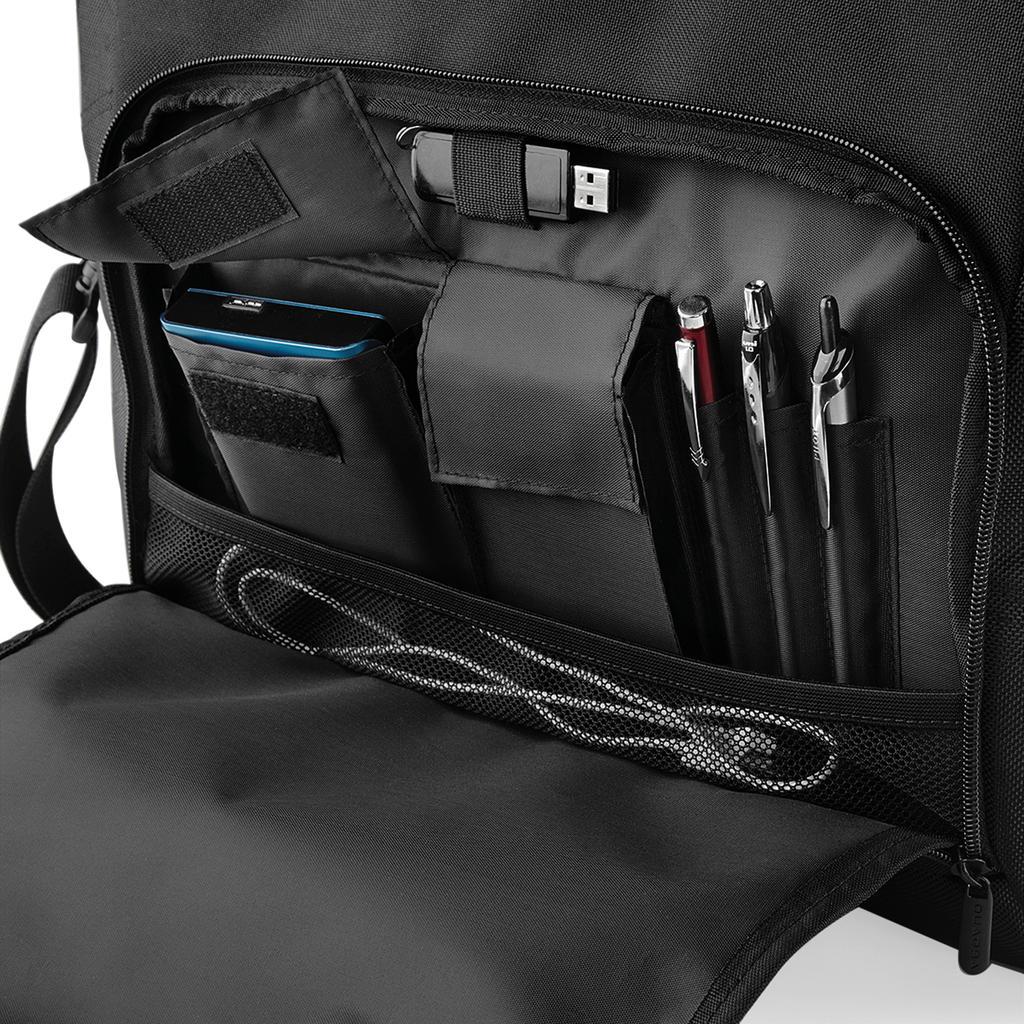 Executive tietokonelaukku taskut/pidikkeet