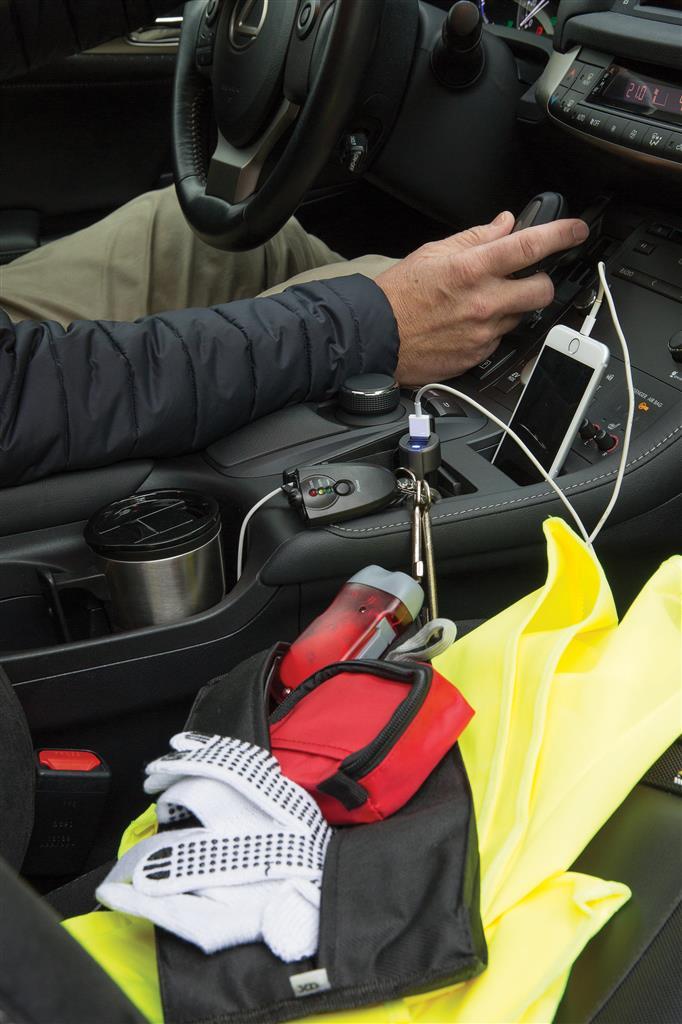 Auton turva- ja ensiapupakkaus