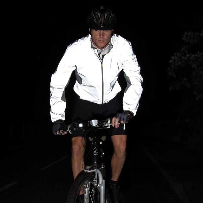 Reflectex Hi-VIS takki pimeässä
